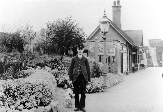 Crosshill and Codnor station and stationmaster, Cross Hill, c 1900s