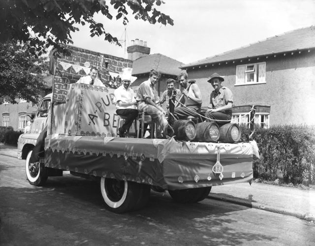 Well dressing -Scouts float