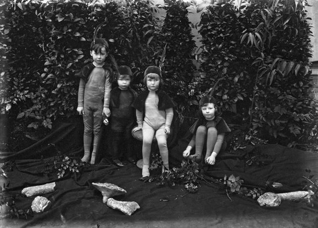 Children in a pageant at Chatsworth, 1923