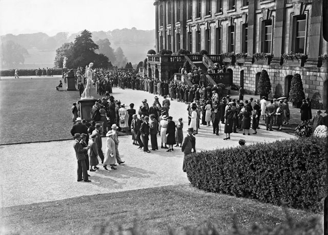 Garden party to celebrate Lord Hartington becomes 10th Duke of Devonshire, 1939