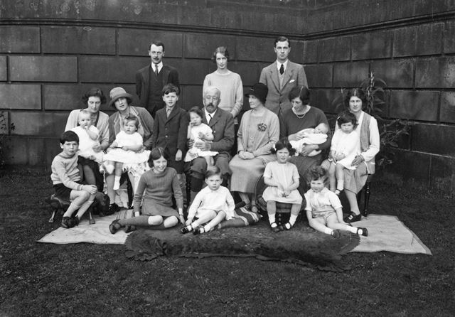 3 generations of the Cavendish family at Chatsworth House, 1927
