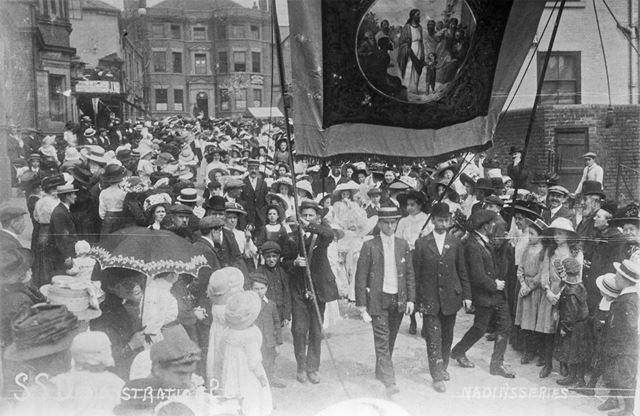 Sunday School Demonstration, New Square - Park Road, Chesterfield, c 1900