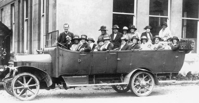 Mothers Union Outing, Morton, c 1900