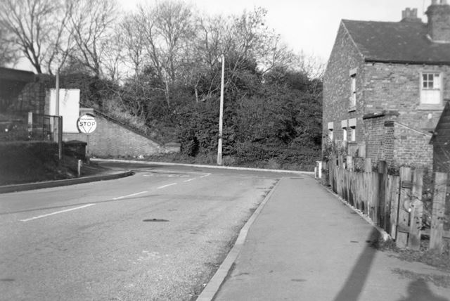 Looking downSteam Mill Lane to Nottingham Road, Ripley, c 1960s