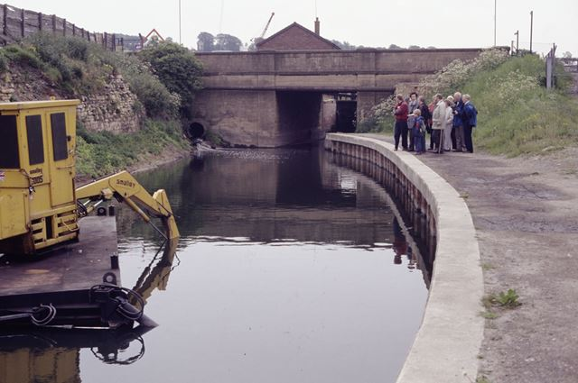 Chesterfield Canal at Lockoford Lane, Tapton, Chesterfield, 1991
