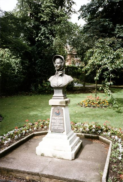 Monument to Catherine Booth, Recreation Ground, Ashbourne