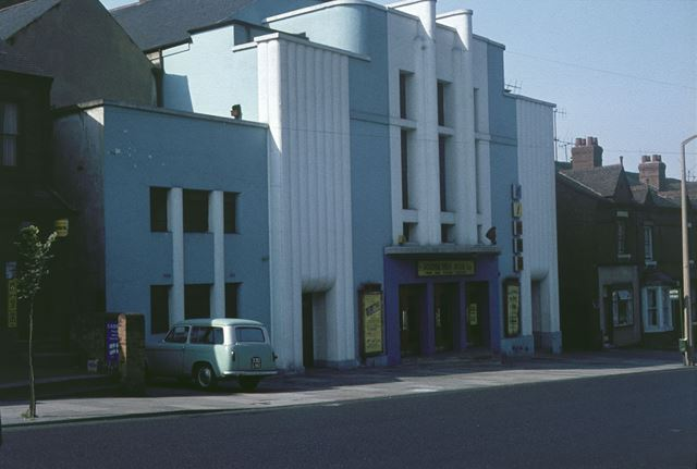 The New Theatre, Lord Haddon Road, 1964