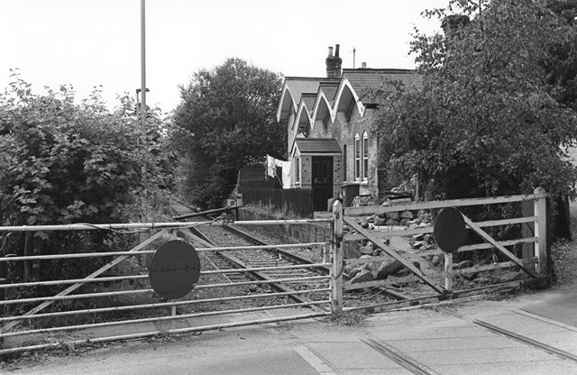 Level Crossing and Station, Coxbench
