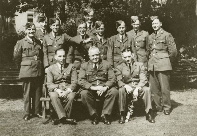 Group of staff from RAF Hospital at Rockside Hydro, Cavendish Road, Matlock, c 1940-45
