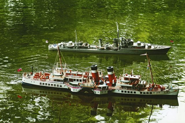 Model Ships 'Cossak' and 'Waverley', Lumsdale Pond, Matlock, 2006