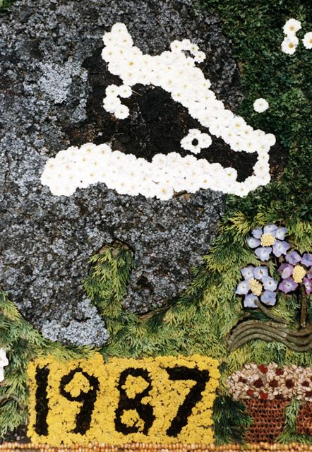 Well Dressing, Glapwell, 1987
