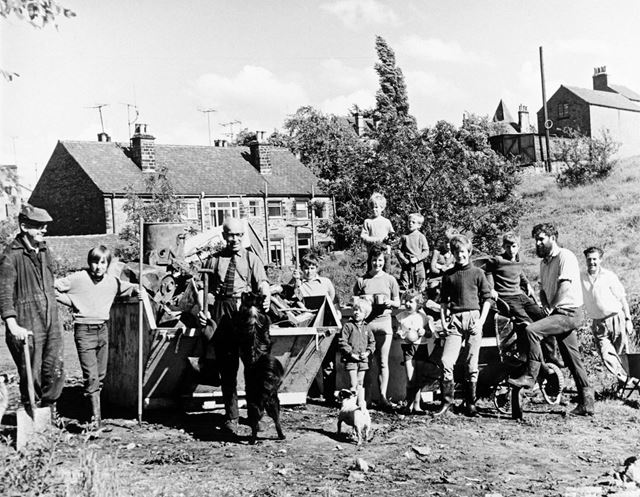Second team cleaning up Lea Brook, Fanshawe Bank, Dronfield, 1971