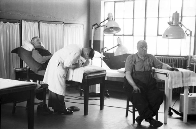 The Physiotherapy Department, Stanton Works