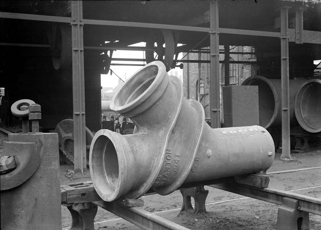 Angle branch iron pipe showing experimental strengthening ribs, 1941