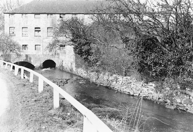 Lowdham Mill (formerly Cliffe Mill), Gonalston Lane, Gonalston, c 1900s ?