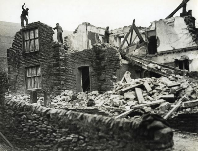 Ashopton Village during the construction of Ladybower Reservoir, c 1940s