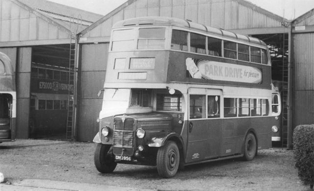 Underwood depot showing buses from Midland General Omnibus Company
