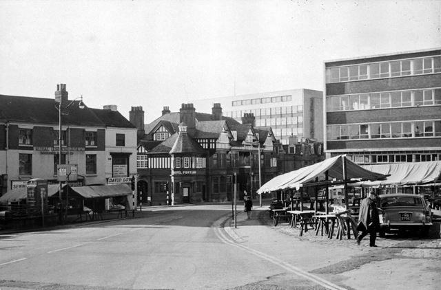New Square looking towards West Bars, Chesterfield, c 1960s
