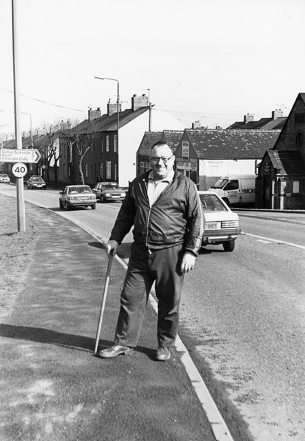 Un-named gentleman - Chesterfield Road, Arkwright Town
