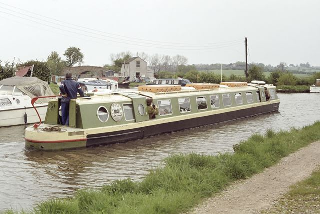 Trip boat on the Trent and Mersey Canal, Swarkestone, 1979