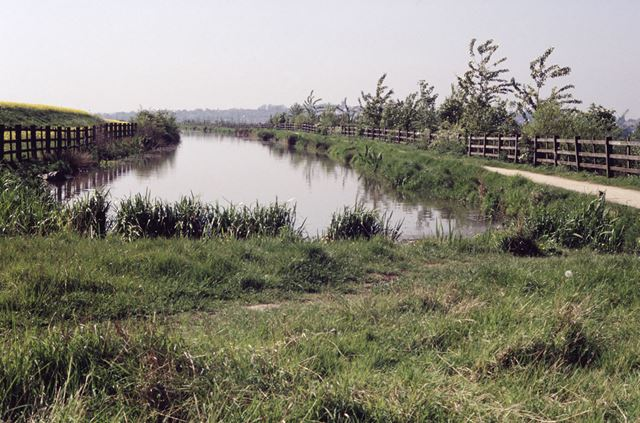 Reinstated section of Nottingham Canal, Awsworth, 1992
