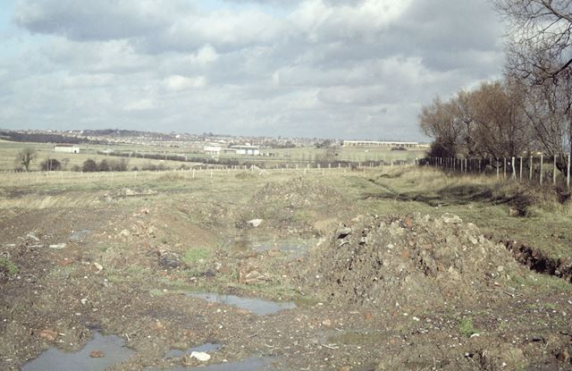 Alignment of the abandoned Nottingham Canal at Glasshouse Yard, Awsworth, 1980