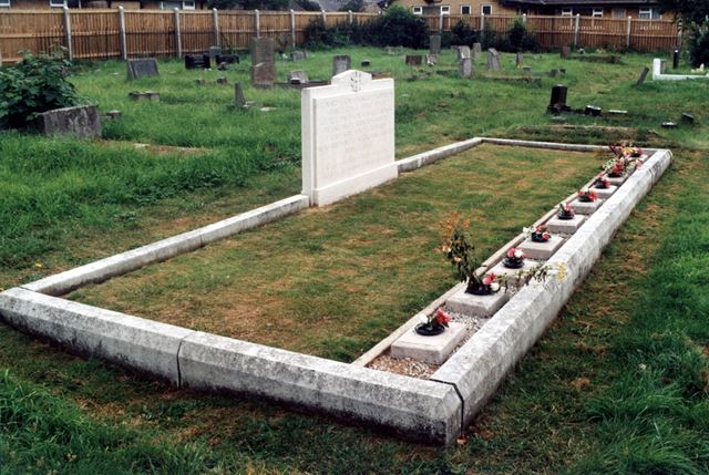 Grave of ten men who died at Markham Colliery, 10 May 1938