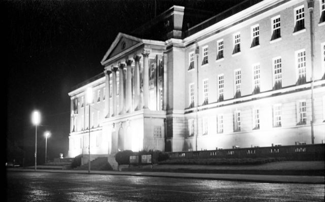 Chesterfield Town Hall 1971